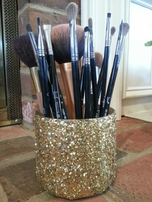 DIY Glam Makeup Brush Holder 2