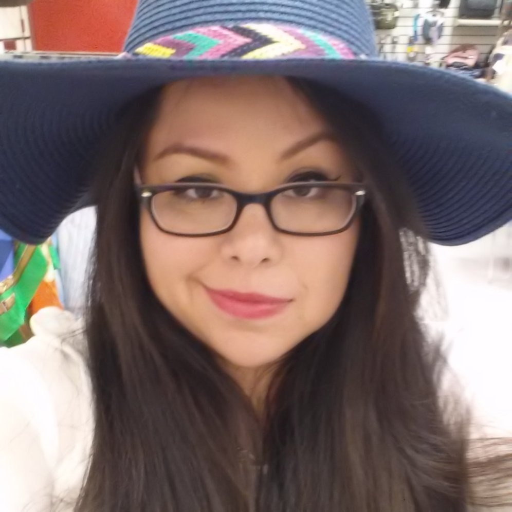 "Monica ""Taco"" Flores, Book Reviewer"