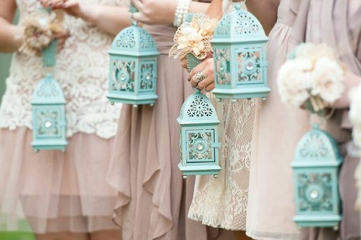wpid-unique-bridesmaids-arrangements-1.jpg.jpg