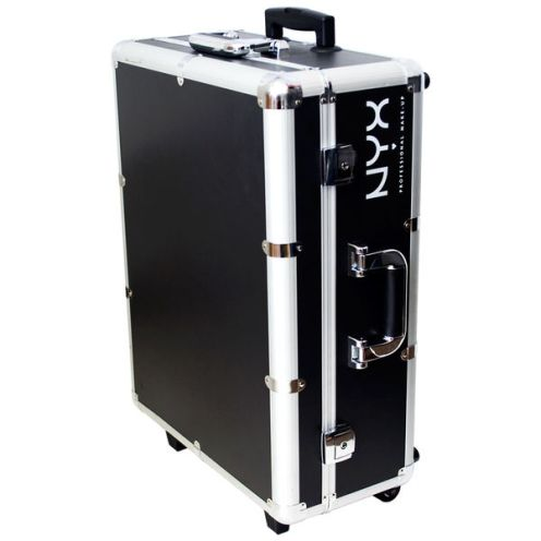 XL Makeup Artist Train Case by NYX 1