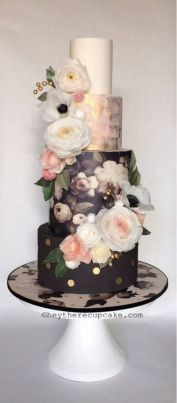 Handpainted Cake 1