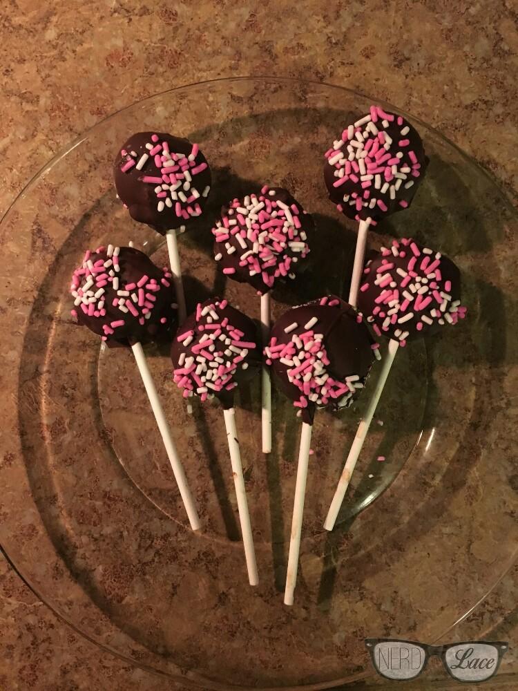 valenine-cake-pops-10.jpg.jpg