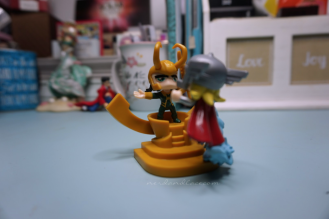 Lootcrate October 2017 - Thor vs Loki 3